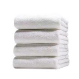 Отельное белое махровое полотенце