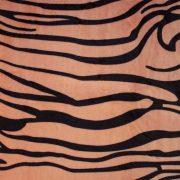 Тигровая расцветка пледа из микрофибры