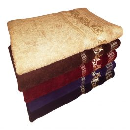 Полотенце с золотым бордюром
